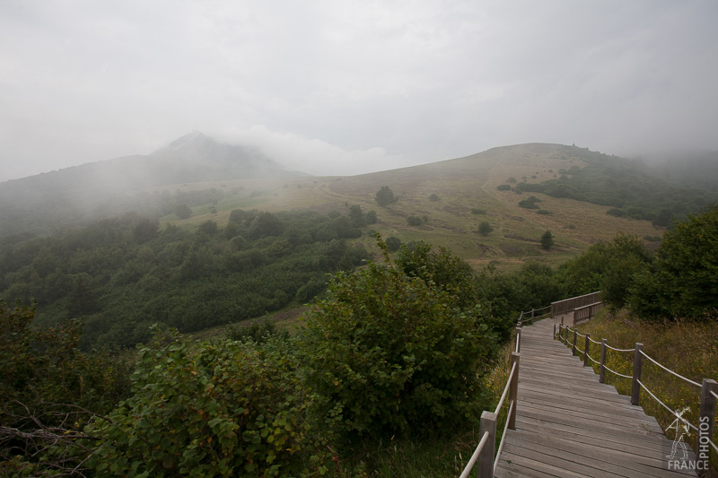 Platforms on the side of Puy Pariou - misty