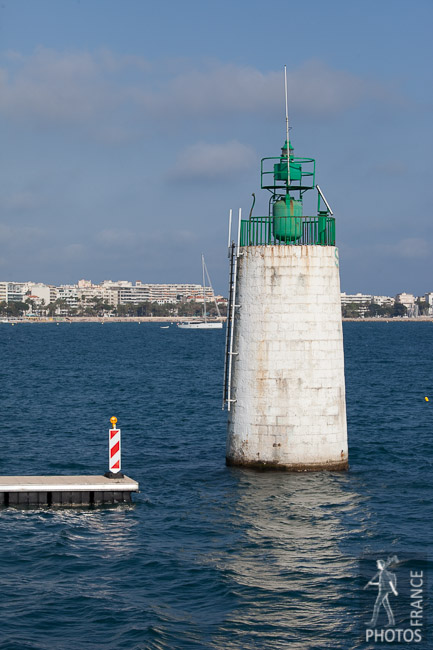 Green buoy of Cannes