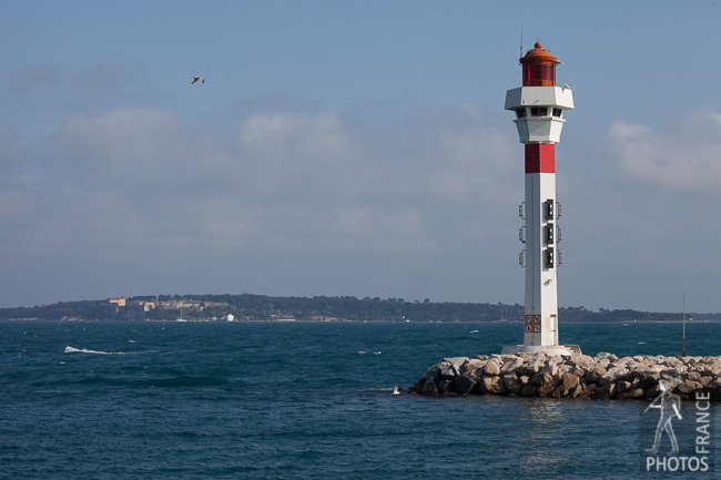 Cannes harbor lighthouse