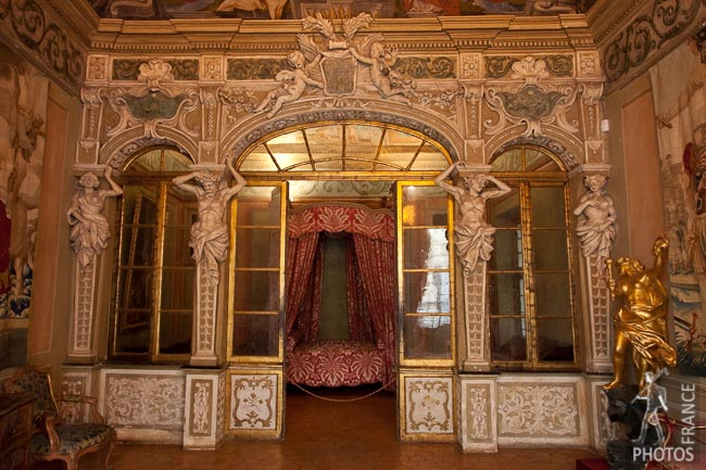 Lascaris Palace bedroom