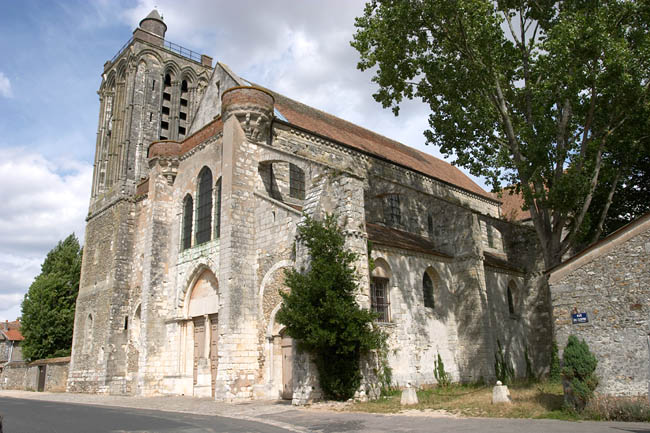 The collegiale Saint Martin of Champeaux