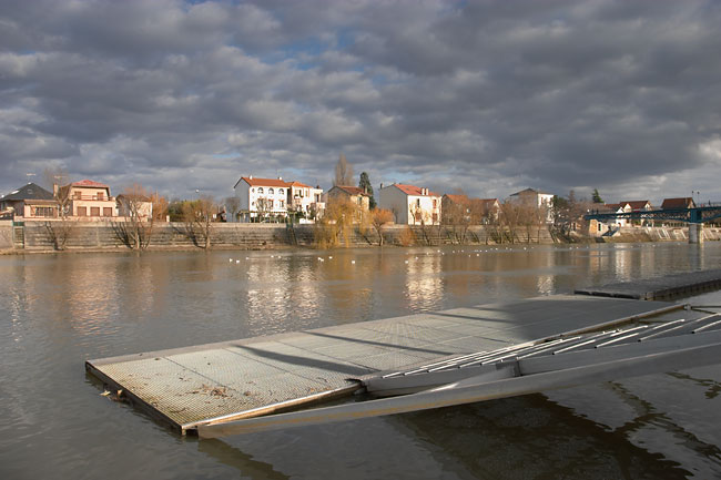 Pontoon on the Marne