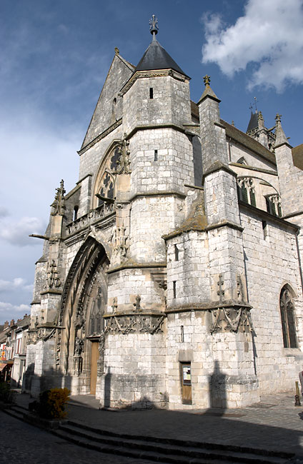 Moret Sur Loing Church Front Vall 233 E Du Loing France In