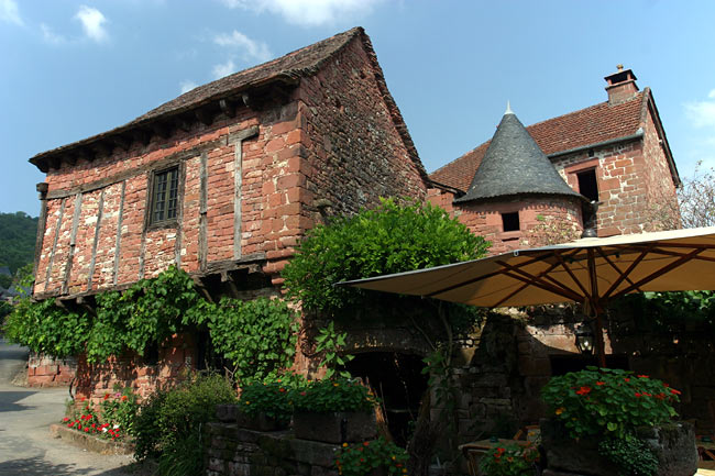 House and restaurant