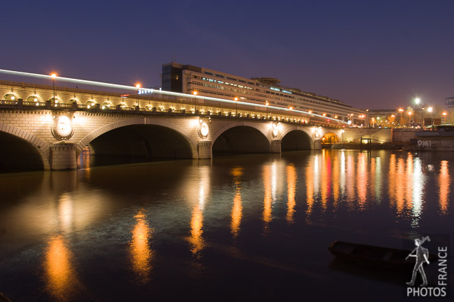 Pont de Bercy at night
