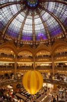 Galeries Lafayette with balloon
