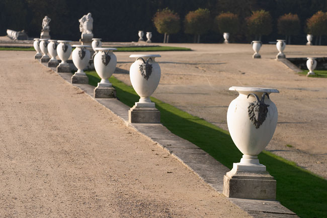 Ornate jars in the Chantilly castle park