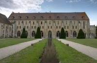 Royaumont main building seen from the front